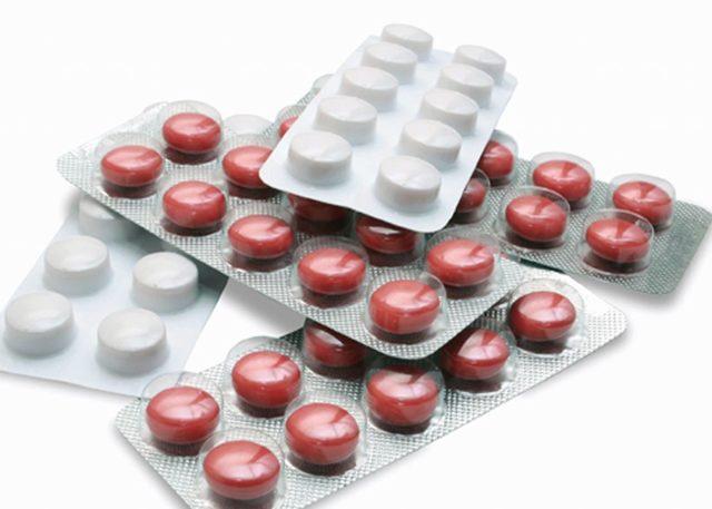 Обзор недорогих и эффективных таблеток от геморроя