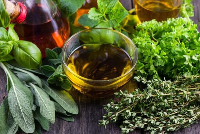Какие травяные отвары используют для лечения геморроя