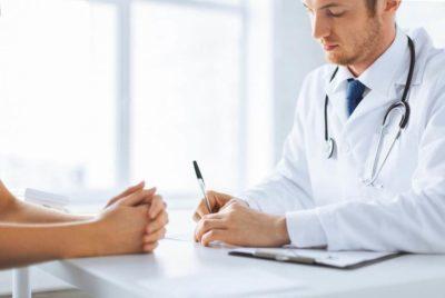 Что делать, если выскочил геморрой: особенности лечения