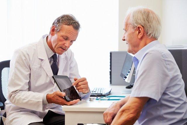 Березовый деготь для лечения геморроя: полезные свойства и способы применения