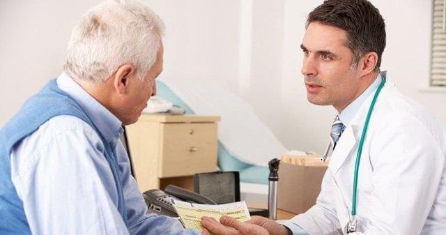 Выделения слизи при геморрое: причины и методы лечения