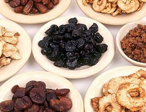 Рецепты от запора с применением сухофруктов