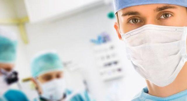 В каких случаях делают операцию Лонго при геморрое?