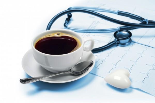 В каких случаях кофе вызывает запор и можно ли его пить если очень хочется