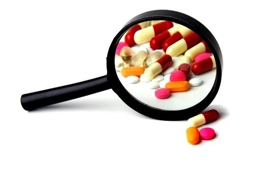 Как проводится медикаментозное лечение геморроя?