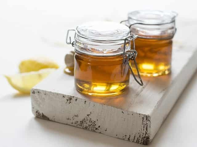 Мёд для лечения геморроя: свечи и тампоны, мази и примочки, средства для приема внутрь