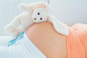 Что делать при запоре во время беременности на ранних и поздних сроках