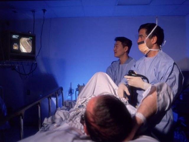 Какими способами врач проверят прямую кишку и кишечник