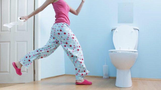 Как сходить в туалет при геморрое без боли?