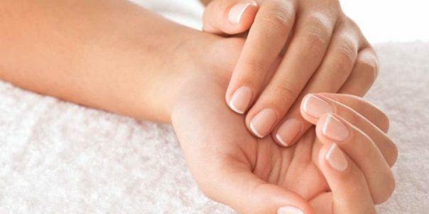 Мозоль на пальце руки: как убрать народными и аптечными средствами, салонные процедуры