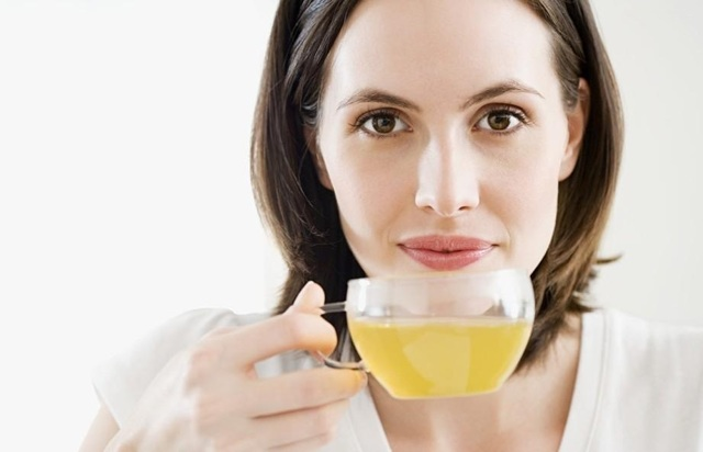 Яблочный уксус от целлюлита в домашних условиях: правила проведения обертываний, аппликаций, массажа