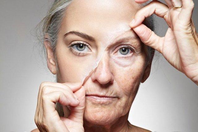 Перекись водорода для лица от морщин: эффективные рецепты, противопоказания и меры предосторожности