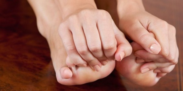 Лечение грибка ногтей на ногах: препараты, отзывы о недорогих и эффективных препаратах