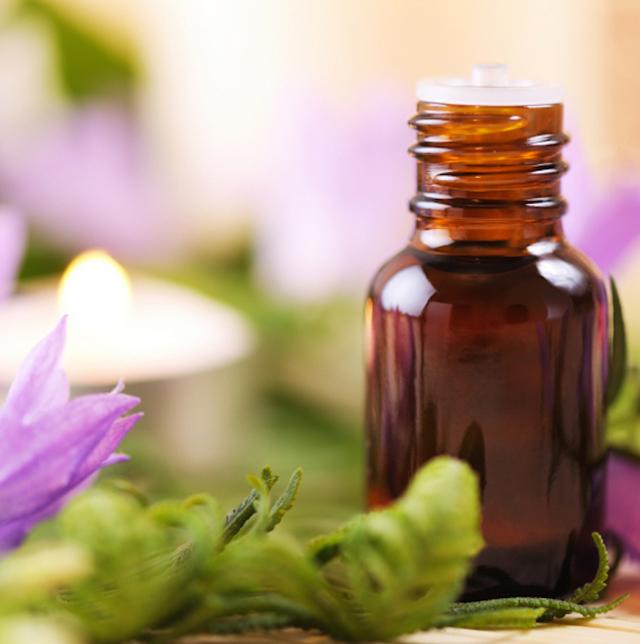 Масло от морщин и для упругости кожи лица: самые эффективные экстракты и рецепты смесей
