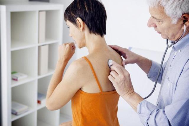 Как лечить бронхит: основы терапии