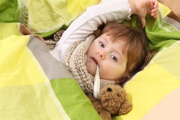 Можно ли ребенку при бронхите гулять: разбираемся вместе