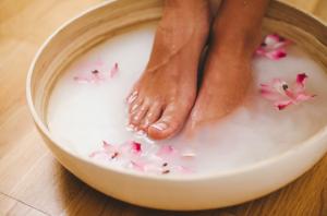 Грибок на ногах: чем лечить — быстрые и эффективные наружные и системные средства