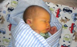 Желтуха у новорожденных: лечение в домашних условиях