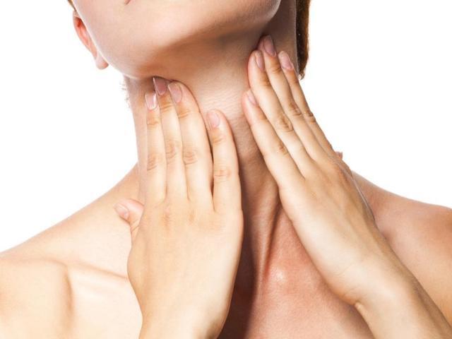 Кольца Венеры на шее: как убрать в домашних условиях с помощью гимнастики, массажа, масок и кремов