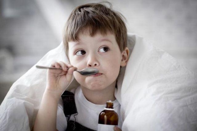 Как и чем лечить бронхит и кашель у детей