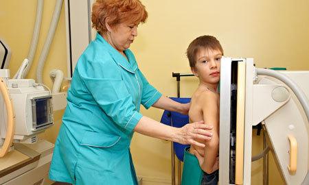 Бронхит у детей: как лечит педиатр