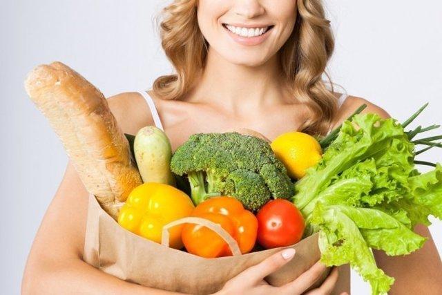 Меню при холецистите: особенности питания при обострении и ремиссии, список продуктов, которые можно и нельзя есть, бананы, фрукты, яйца, помидоры