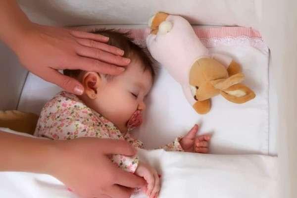 Потливость у ребенка: причины и лечение гипергидроза у детей раннего возраста и после 3 лет