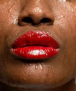 Сильная потливость всего тела: причины у мужчин и женщин, как избавиться от гипергидроза