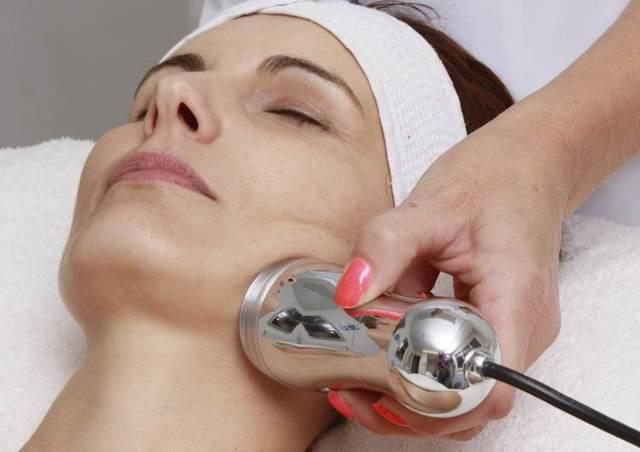 Удаление мозолей жидким азотом: показания, противопоказания, особенности проведения криотерапии