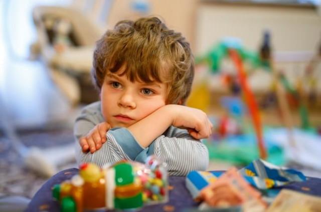Как лечить крапивницу у детей в домашних условиях: медикаменты и народные средства