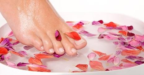 Утолщение ногтей на ногах: причины и лечение традиционными и народными средствами