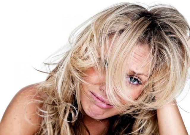 Ожог от краски для волос после окрашивания: симптомы, причины, первая помощь