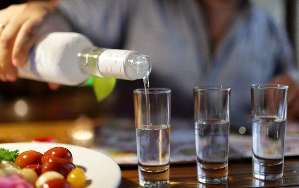 Алкоклин: состав, краткая инструкция по применению, помогает ли от перегара, как применять порошок и пить таблетки, обзор отзывов людей, аналоги