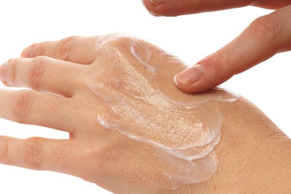 Шрамы от ожогов: как убрать рубцы с помощью мазей или операции и восстановить кожу