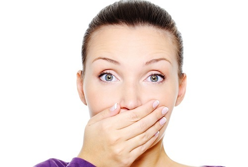 Бородавка во рту: лечение медикаментами, народными средствами и методы удаления