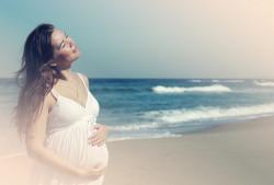 Потливость при беременности на ранних сроках и в третьем триместре: причины и средства избавления
