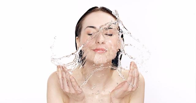 Алоэ для лица от морщин: в домашних условиях можно использовать сок и мякоть