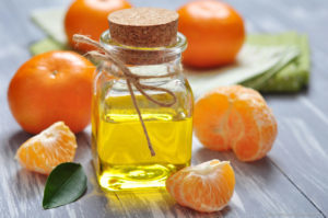 Апельсиновое масло от целлюлита: применение в домашних условиях, меры предосторожности