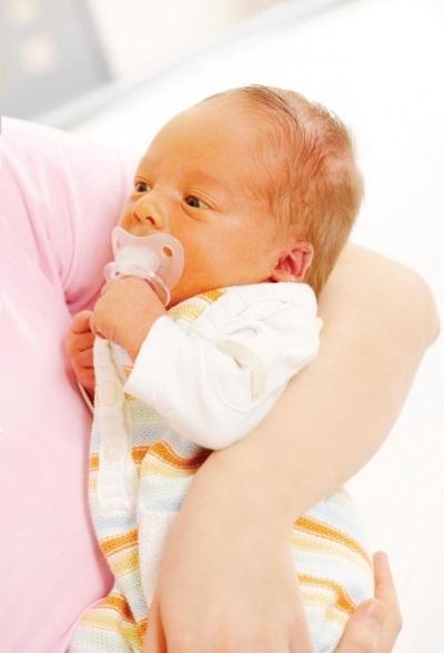 Гемолитическая желтуха: причины, симптомы, у новорожденных, лечение